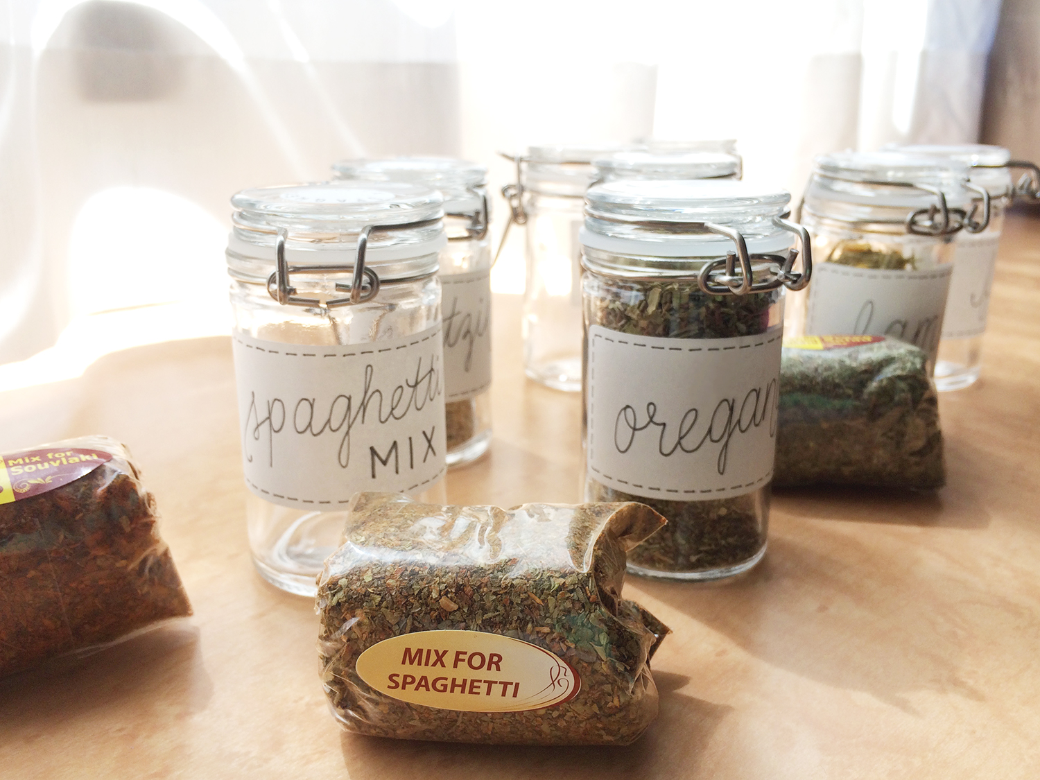 handwritten spice jar labels m i n o r i